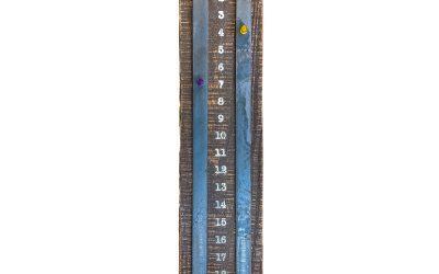 ShuffleScore – Scoreboard for Shuffleboard – Reclaimed Wood